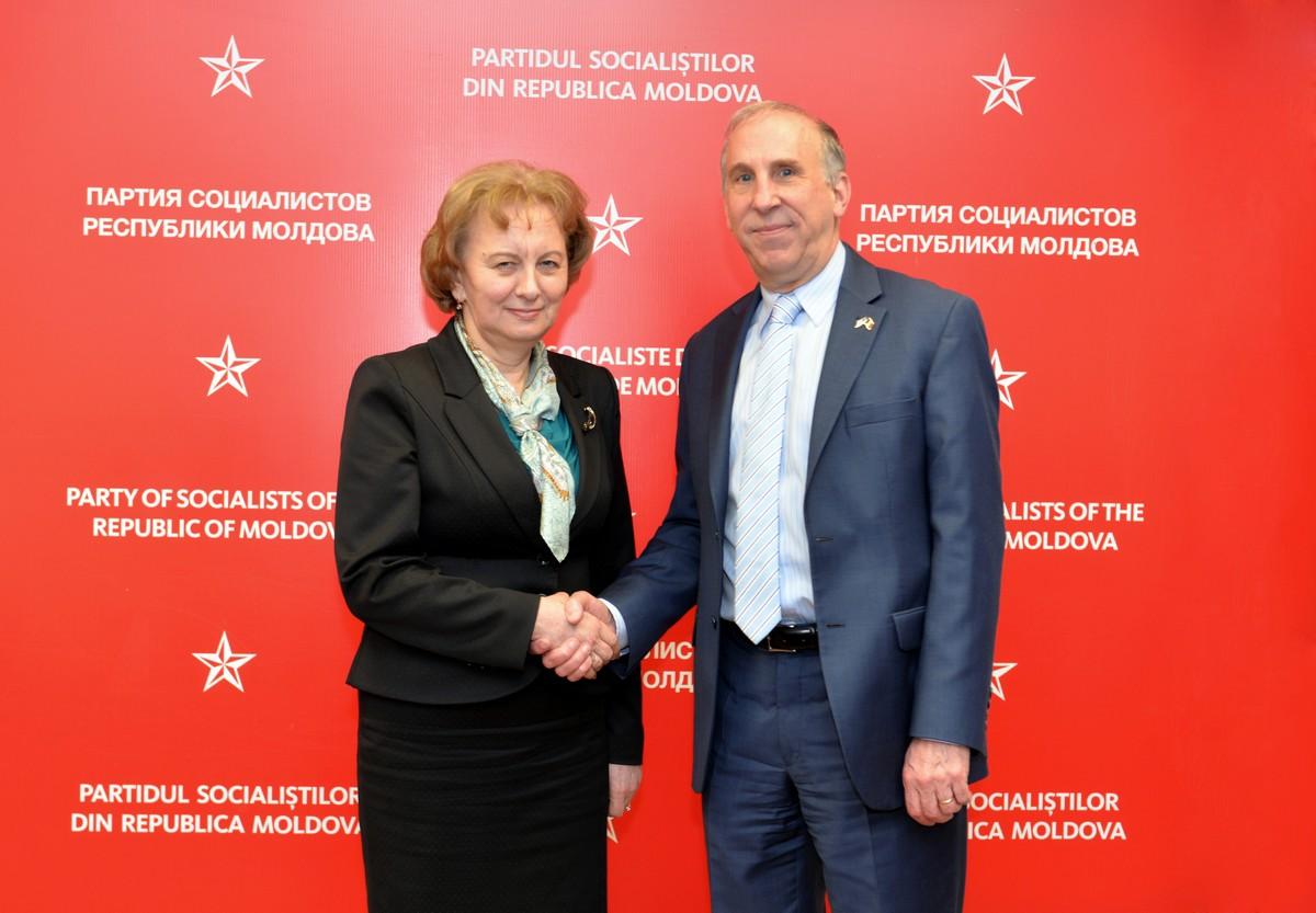 Зинаида Гречаный и Джеймс Петтит обсудили ряд важных вопросов