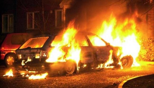 В Приднестровье из-за короткого замыкания сгорели три автомобиля