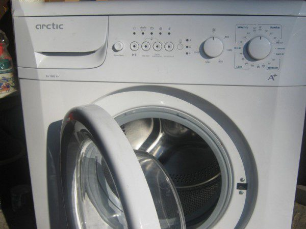 Житель Ставчен с трудом добился бесплатного ремонта стиральной машины на гарантии