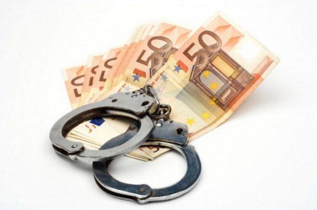 Пьяный водитель неудачно подкупил патрульного и попал в руки сотрудников НАЦ