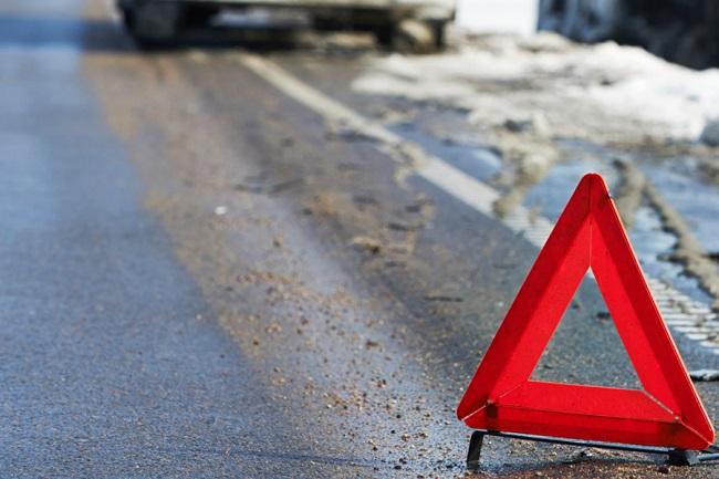 Серьёзная авария в Чимишлии: фура с зерном врезалась в микроавтобус (ФОТО)