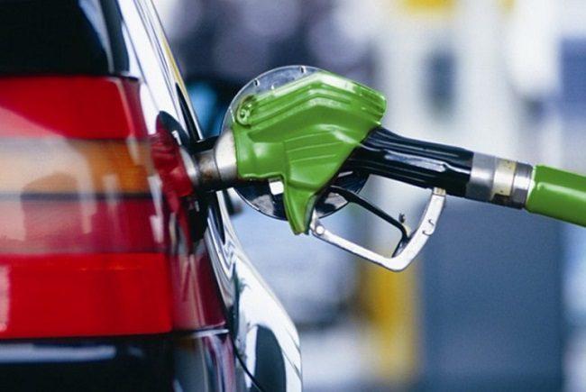Заправки взвинтили цены на некоторые виды топлива