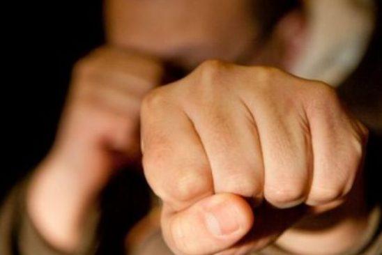 В Чимишлийском районе пьяный мужчина до полусмерти избил отца