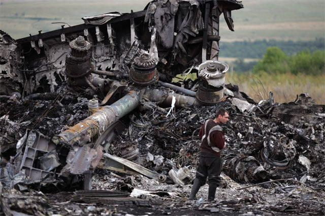«Самолет не тот». Пилот, обвиняемый в гибели «Боинга» над Донбассом, мертв