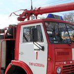 Поджог не исключён: в Тирасполе по неизвестным причинам загорелся припаркованный автомобиль