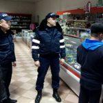 """Полиция Оргеева устроила """"облаву"""" на курильщиков в общественных местах"""