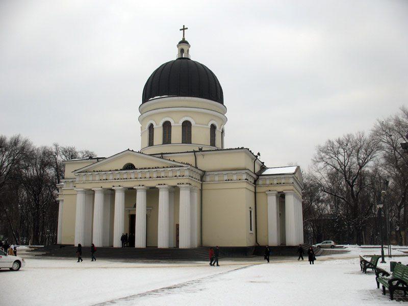 Охранника Кафедрального собора, на которого напали грабители, выписали из больницы