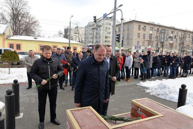 Социалисты выразили соболезнования российскому народу в связи с трагедией в Кемерово (ФОТО, ВИДЕО)