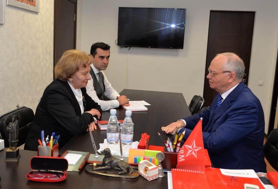 Подготовка к выборам в России и Молдове и экономический форум – главные темы беседы Зинаиды Гречаный и посла России в Молдове