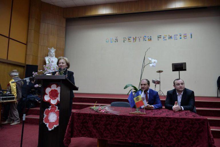 Zinaida Greceanîi: PSRM va continua să apere interesele veteranilor și persoanelor cu nevoi speciale