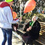 """Активисты """"Молодой гвардии"""" поздравили женщин по всей стране с 8 Марта (ФОТО)"""