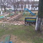 """В Гагаузии вандалы перевернули """"вверх дном"""" недавно обустроенный парк (ФОТО)"""