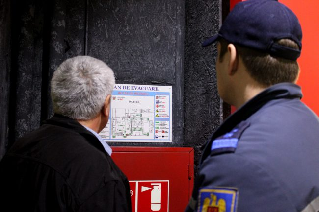 В Кишинёве продолжают эвакуировать людей: на этот раз пожар был инсценирован в кинотеатре (ФОТО, ВИДЕО)