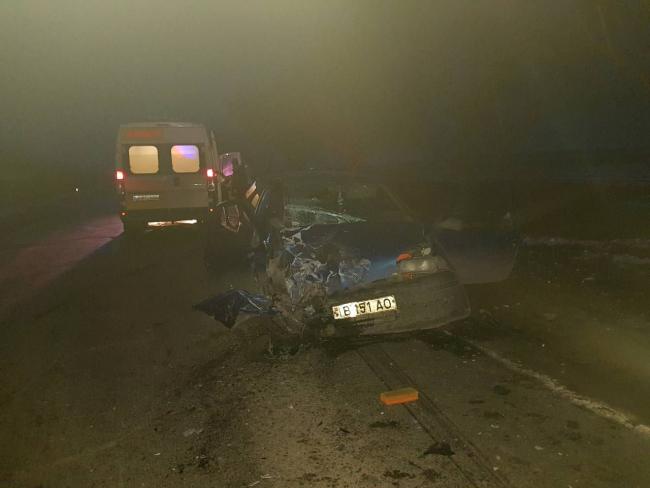В шаге от трагедии: автоледи спровоцировала ДТП и врезалась в машину, где сидел ребёнок (ФОТО)