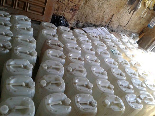 Более тонны контрафактного алкоголя изъяла полиция у жителя Вертюжень (ВИДЕО)