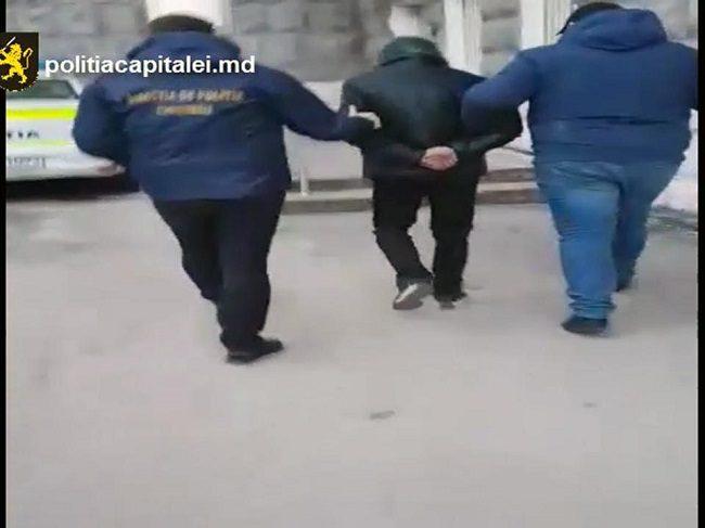 В столице задержан наркоторговец-рецидивист (ВИДЕО)
