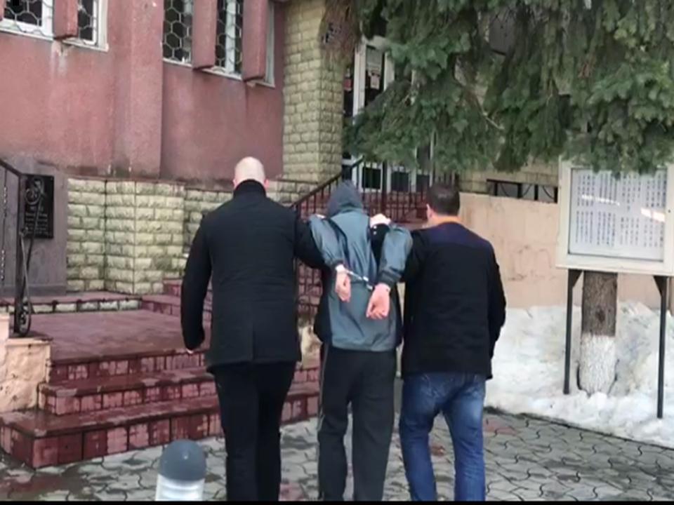 В Кишиневе задержали мужчину, промышлявшего кражами в больницах (ВИДЕО)