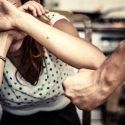 В Италии арестован молдаванин, избивший возлюбленную прямо посреди улицы