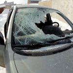 Пожилой приднестровец намеренно разбил машину соседа лопатой после ссоры