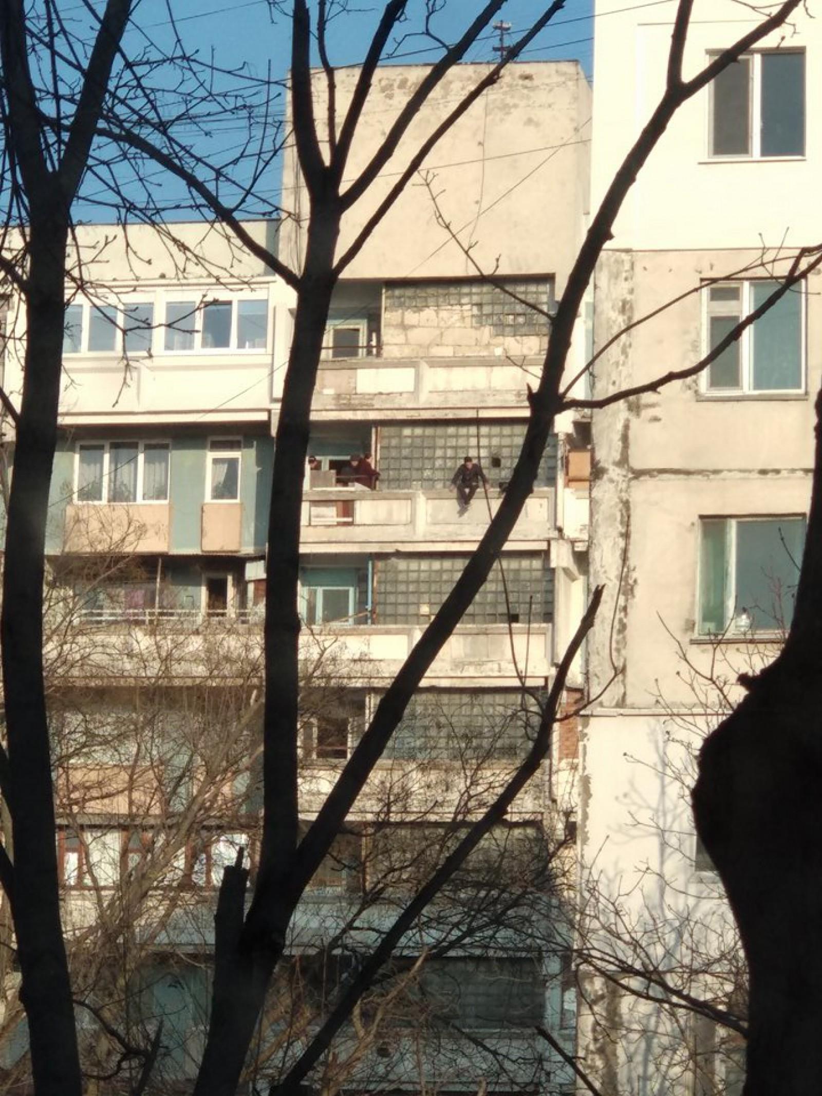 Житель столицы дважды за неделю попытался свести счеты с жизнью