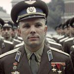 «Космонавт ВВС». Как Гагарин служил на Севере и кто сделал его майором?