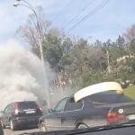 В Кишинёве автомобиль задымился прямо на проезжей части (ВИДЕО)