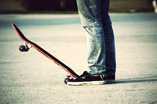 В Тирасполе непутевый 9-летний мальчик сначала украл скейт, а потом сжег себе лицо