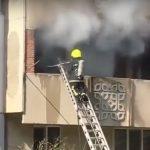 В многоквартирном доме в Унгенах случился сильный пожар (ВИДЕО)