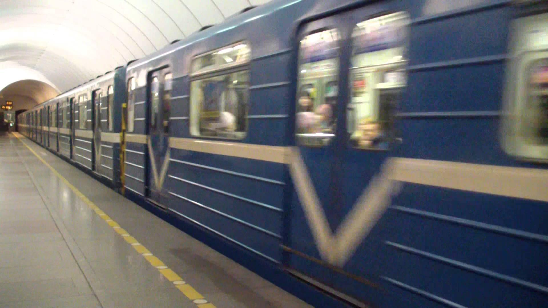 Молдаванка погибла под колёсами поезда в московском метро