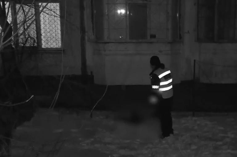 В Кишиневе пенсионерка скончалась, выпав с 6 этажа (ВИДЕО)