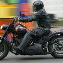 В Фалештах от удара в забор разбился мотоциклист