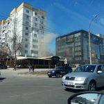 Над баром в центре Кишинева запечатлели густой дым (ВИДЕО)
