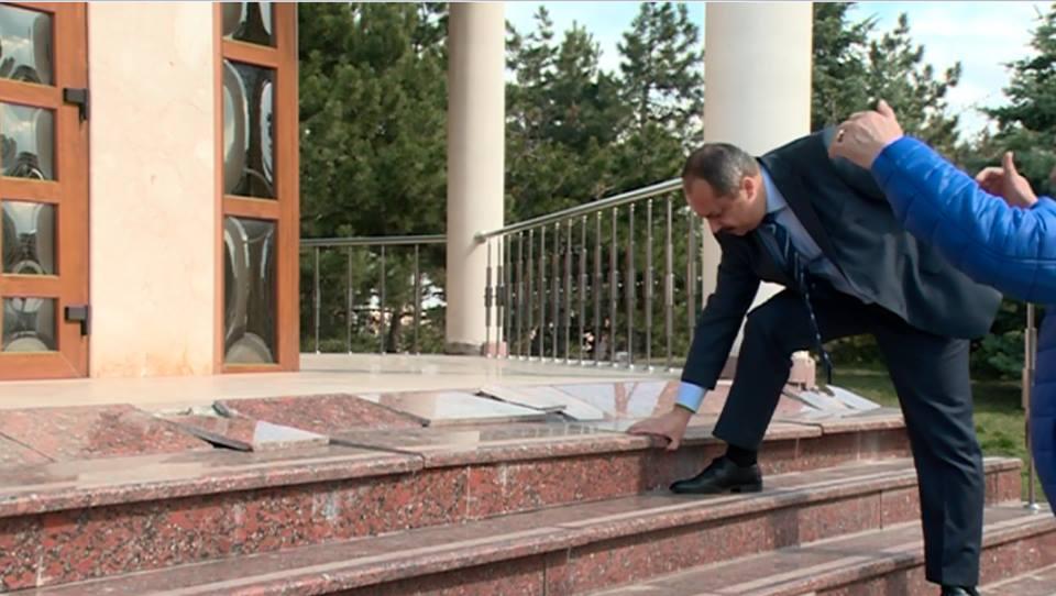 Президентура обеспокоена состоянием некоторых сооружений Мемориального комплекса «Вечность» (ВИДЕО, ФОТО)