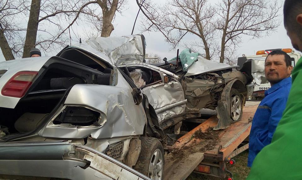 Предпасхальная трагедия в Унгенах: мужчина скончался в страшном ДТП