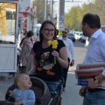 У нас замечательные люди! Ион Чебан продолжает общаться с кишиневцами на улицах и во дворах (ФОТО)