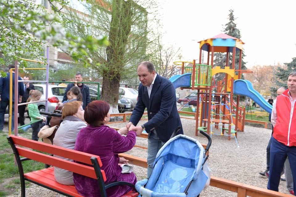 Ион Чебан пообщался с жителями пригорода Дурлешты (ФОТО)