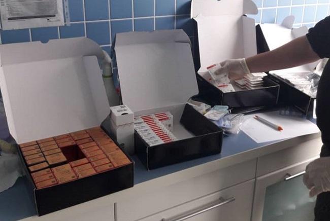 В Молдову незаконно ввезли зубные импланты и протезы на 6 млн леев (ФОТО)
