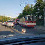 В Кишиневе троллейбус №24 загорелся во время движения