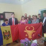 Историческое знамя по инициативе президента получили и жители села Троицкое