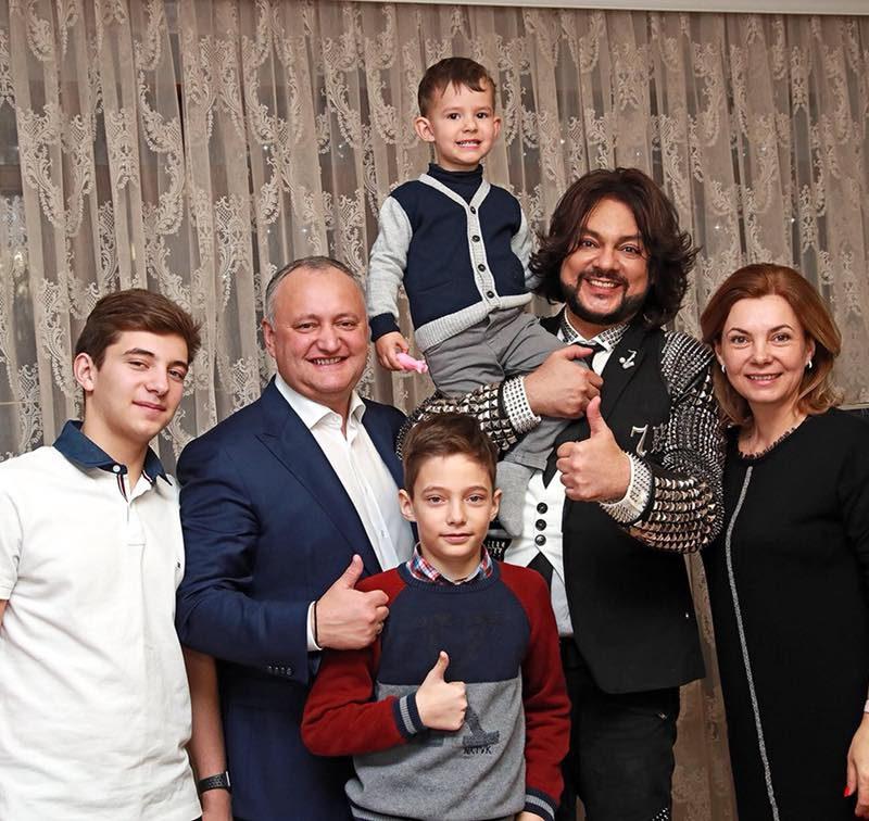 В Молдове вам всегда рады: Президент поздравил Филиппа Киркорова с днем рождения (ФОТО)