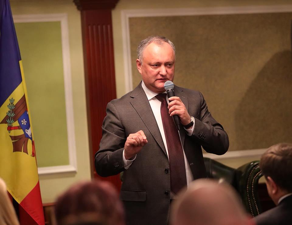 Додон: На выборах необходимо открыть как минимум 150 избирательных участков в России (ФОТО)