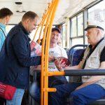Ион Чебан пообщался с кишиневцами в троллейбусах, парках и на рынках (ФОТО)