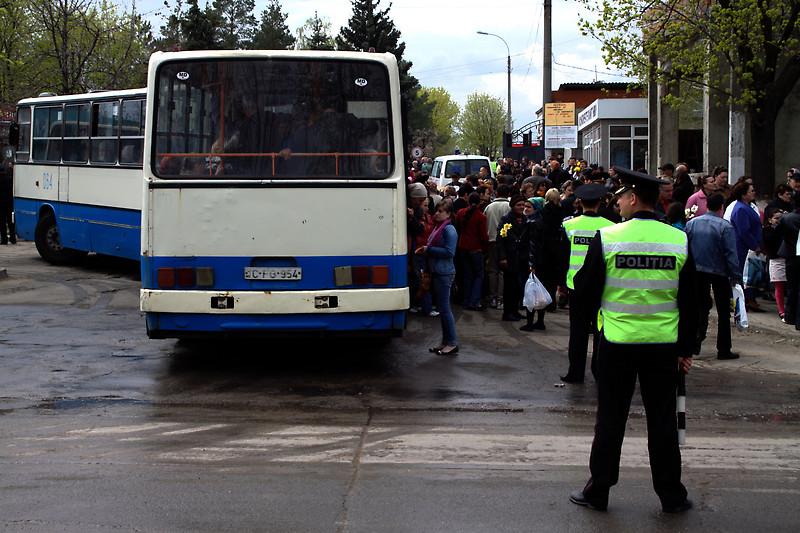 На поминальные дни на Дойну пустят бесплатные автобусы и откроют дополнительные маршруты