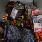 """Центральный рынок """"готовится"""" к Пасхе: людям планировали всучить более 2 тонн непригодных фруктов (ВИДЕО)"""