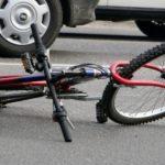 В Приднестровье юная велосипедистка сломала ключицу, упав перед машиной