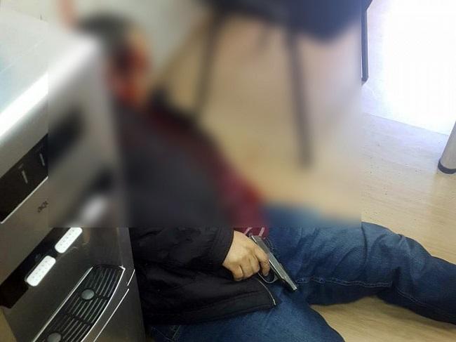 Трагедия в столице: мужчина застрелился в офисе кредитной компании из-за долга