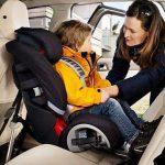 Штраф за перевозку детей в машине без автокресла может быть удвоен