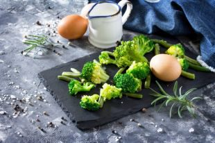 Яйца и еще 8 продуктов, которые продлевают жизнь