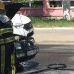 В Кишиневе во время движения загорелся автомобиль (ФОТО)