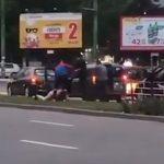 Дорожный конфликт на Ботанике: таксист бросился с молотком на оппонента (ВИДЕО)